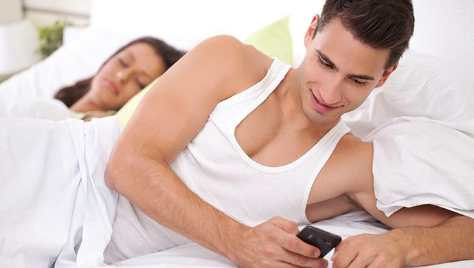 Infidelidad virtual, infidelidad real