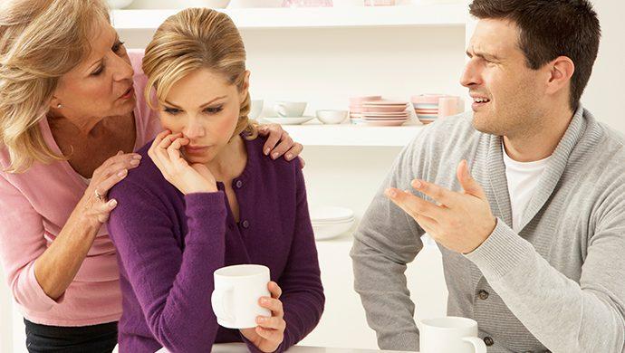 Sepa como evitar la interferencia de la familia en la relación