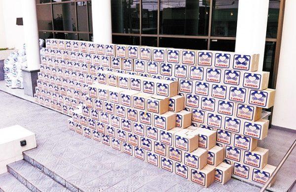 Gran donación de alimentos y ropa en Morón