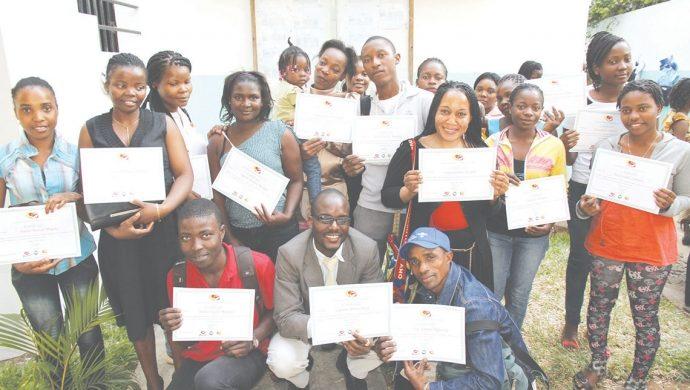 La Universal en Mozambique forma emprendedores para el mercado de trabajo