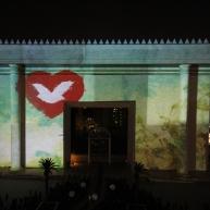 Arte y tecnología son usados en la inauguración del Templo de Salomón
