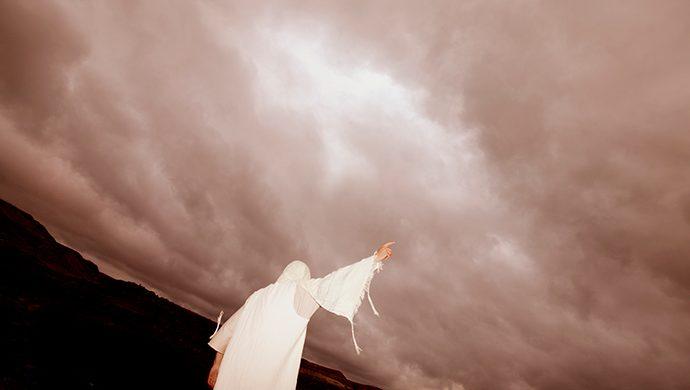 El Apocalipsis: el Reino de Dios y las vestiduras blancas