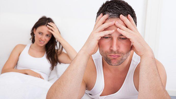 Ella me pidió tener relaciones conmigo y con otra mujer. ¿Debo aceptarlo?
