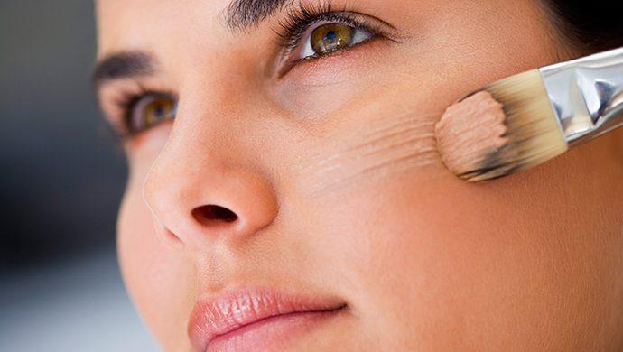 ¿Qué usar en la piel? ¿Base en polvo o las famosas BB y CC Cream?