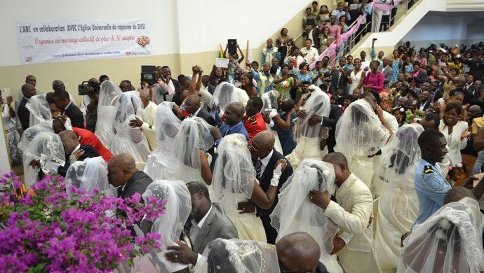 La Universal realizó una boda colectiva en Gabón