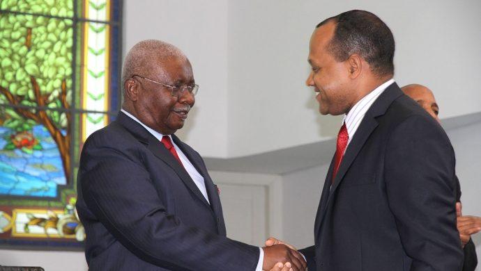El Presidente de Mozambique visita un templo de la Universal
