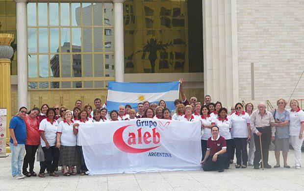 El Grupo Caleb en el Templo de Salomón