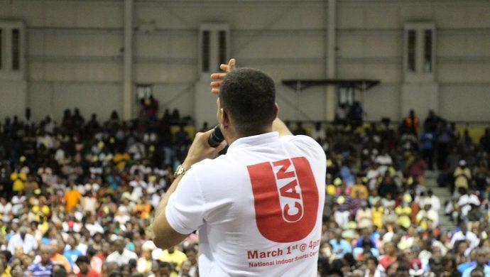 La Universal transforma Jamaica
