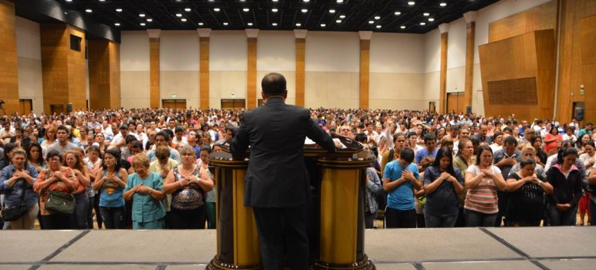 Noche de la Salvación en Paraguay