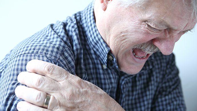 La artrosis afecta a los ancianos
