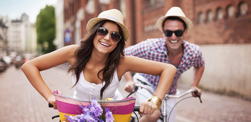 El tiempo de ocio y reír más pueden ser la llave para la felicidad