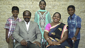 Ex sacerdote hindú se convierte al Señor Jesús