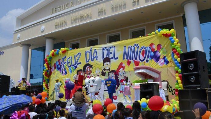 La EBI celebra el «Día del niño» en México