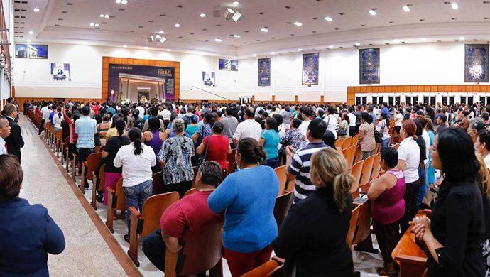 Noche de la Salvación en Ecuador