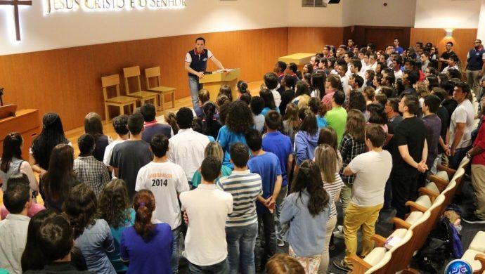 Más de 2 mil jóvenes reunidos por una nueva vida