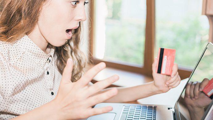 ¿Cree que es correcto compartir contraseñas personales con su pareja?