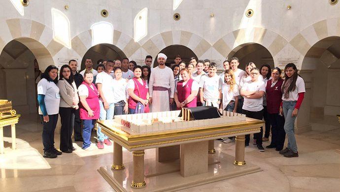 Estudiantes de la Unibes visitan el Templo de Salomón