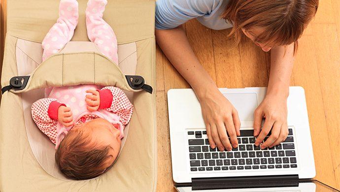 Mujer: ¿Trabajar o cuidar a los hijos?