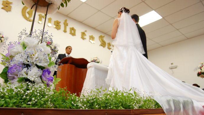 La importancia de casarse en el Altar
