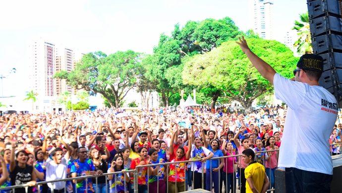 Más de 100 mil jóvenes de movilizan contra las drogas y la violencia