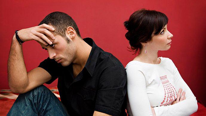 5 actitudes femeninas que destruyen al hombre