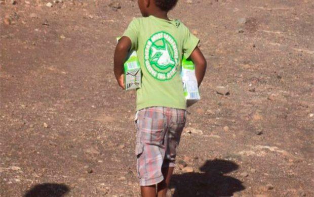 La Universal dona 4500 litros de leche a necesitados de Cabo Verde