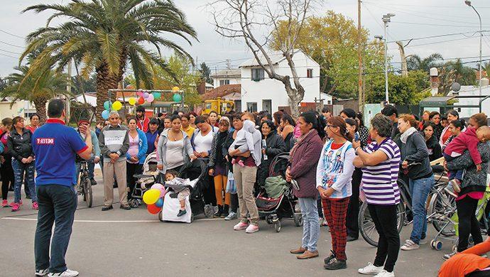 T-Ayudo en San Fernando: 1 tonelada de alimentos y 1400 prendas de ropa