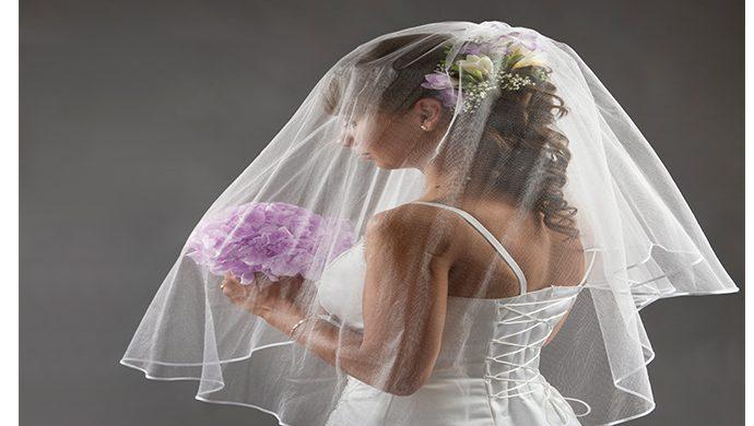 Un hombre procesa a la esposa por no ser tan bonita