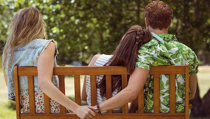 ¿Qué tienen en común la amante y la mujer que acepta la traición?