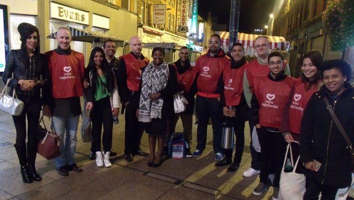 El proyecto «Ángeles de la Noche» ayuda a las personas sin hogar en Dublín