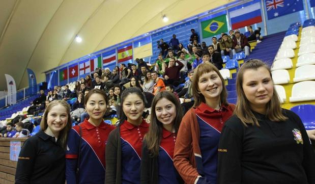 La Universal se acerca a los jóvenes en Rusia