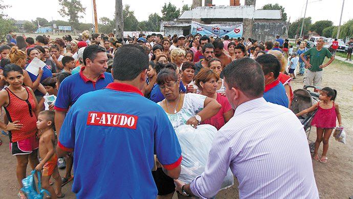 1,5 toneladas de alimentos se entregaron en Isidro Casanova