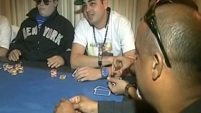 En Puerto Rico, muertos juegan a las cartas y viajan en motocicleta