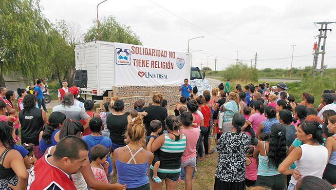 Santa Fe recibió a T-Ayudo, que entregó 3 toneladas de alimentos y 7200 prendas de ropa