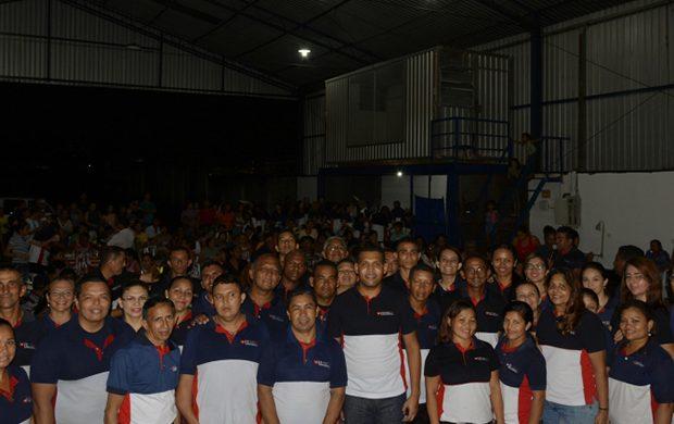 El grupo Ángeles de la Madrugada realiza una acción social en la comunidad carente de Pará