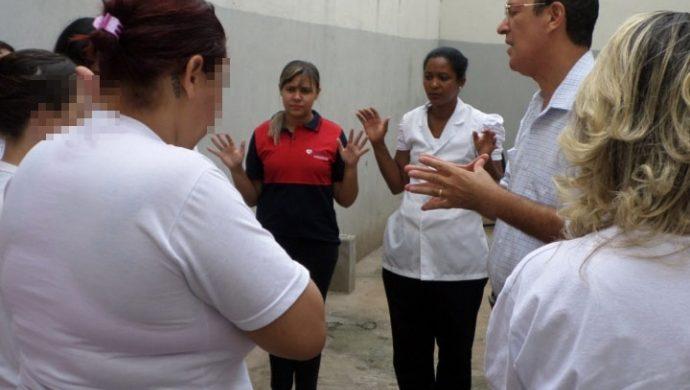 La Universal en los Presidios realiza acción social para las detenidas en Ribeirão Preto