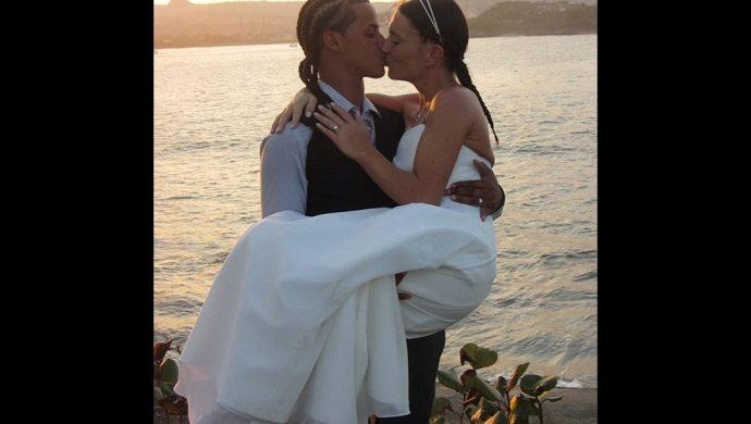 Hombre se casa con otra mientras la novia da a luz