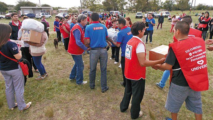 Pontevedra: 2,6 toneladas y 3600 prendas de ropa donadas