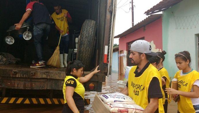 Víctimas de las inundaciones en Tatuí reciben el apoyo de la Fuerza Joven Universal
