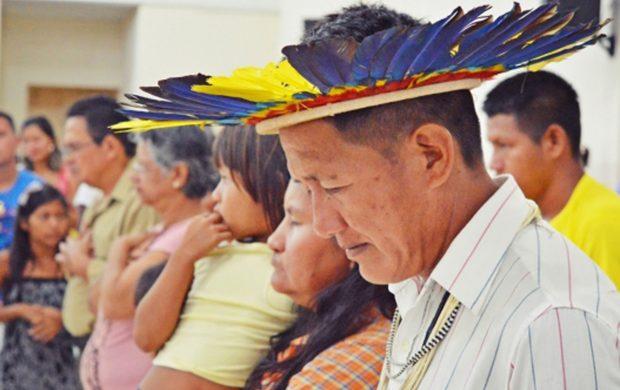 Tribus indígenas participan de la inauguración de templo de la Universal en Rondônia