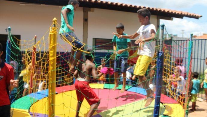 Comunidad necesitada de Piauí recibe acción solidaria de la Universal