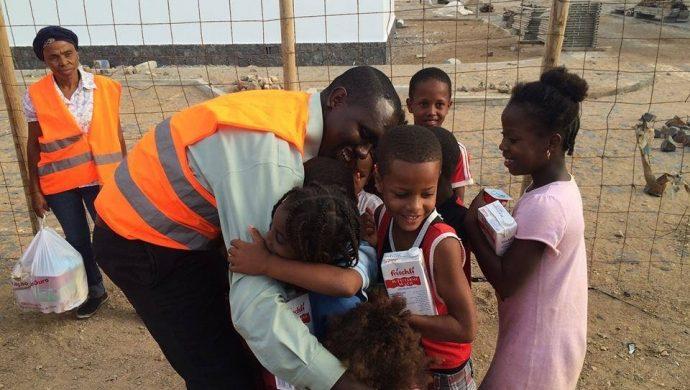 La Universal lleva esperanza a las personas de escasos recursos en Cabo Verde