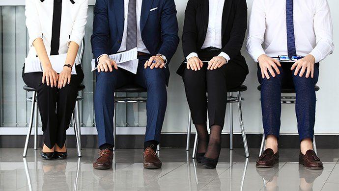 ¿Por qué la mayoría de las personas trabaja para otras?