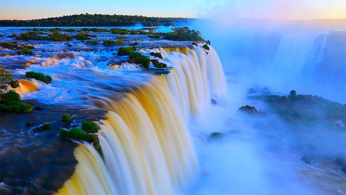 El río que nace del Trono de Dios