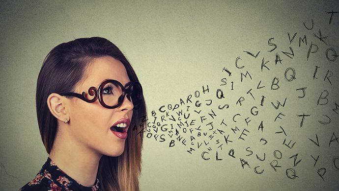 Observe sus pensamientos antes de hablar