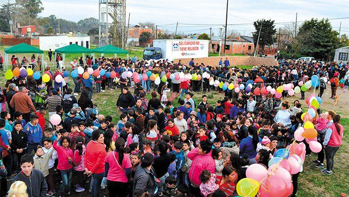 Megaevento solidario en Merlo