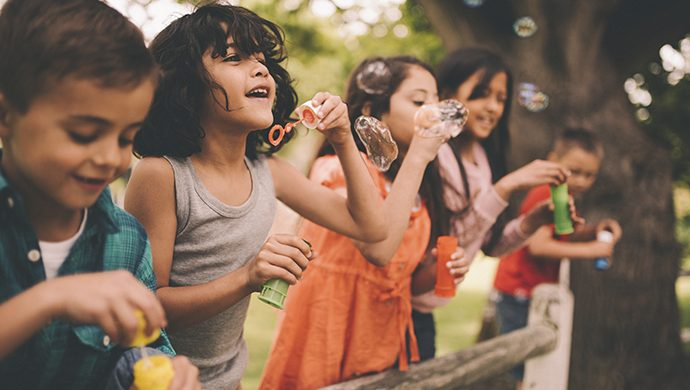 ¿Qué prioriza usted en la crianza de niños y niñas?