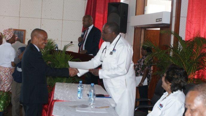 El Ministerio de Salud de Mozambique homenajea a la Universal por acciones en el país