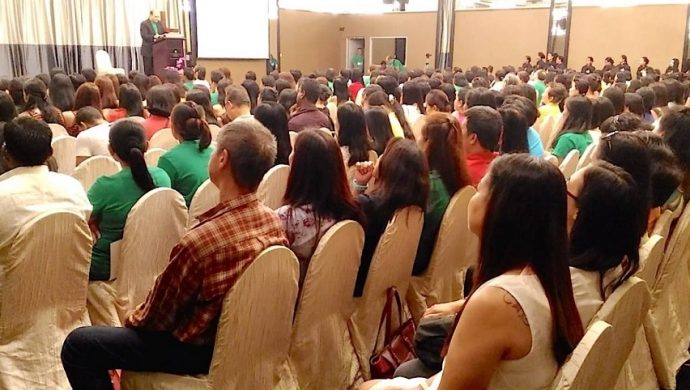 Evento en Asia reúne a 4 mil personas