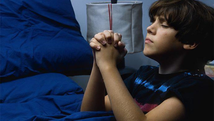 Niño de 9 años estudia para probar que Dios existe